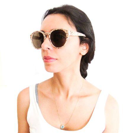 Óculos R Grande Mármore