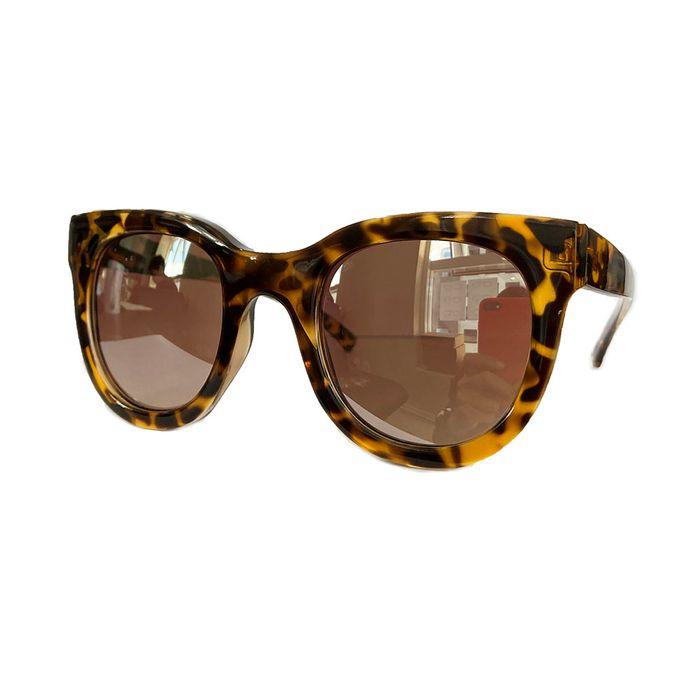oculos-quadrado-tartarua-