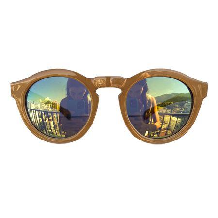 redono-nude-lente-verde-oculos
