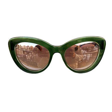 oculos-gatinho-grande-verde